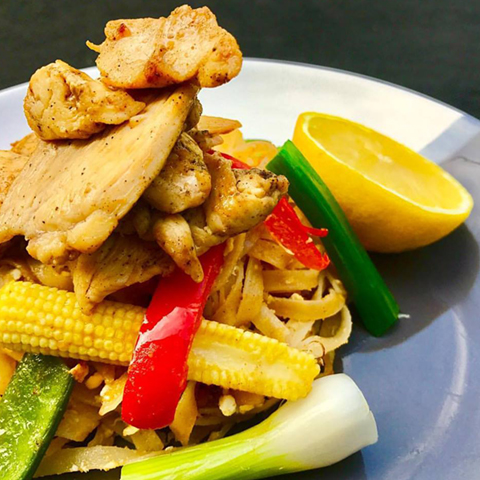 Chicken-Pad-Thai-Food-Made-Easy