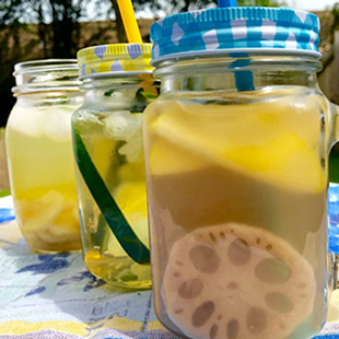 lotus-root-apple-and-pear-water