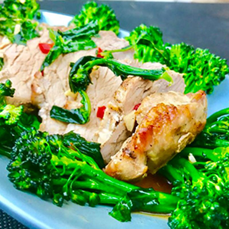 pork-tenderloin-with-broccoli-stir-fried-01