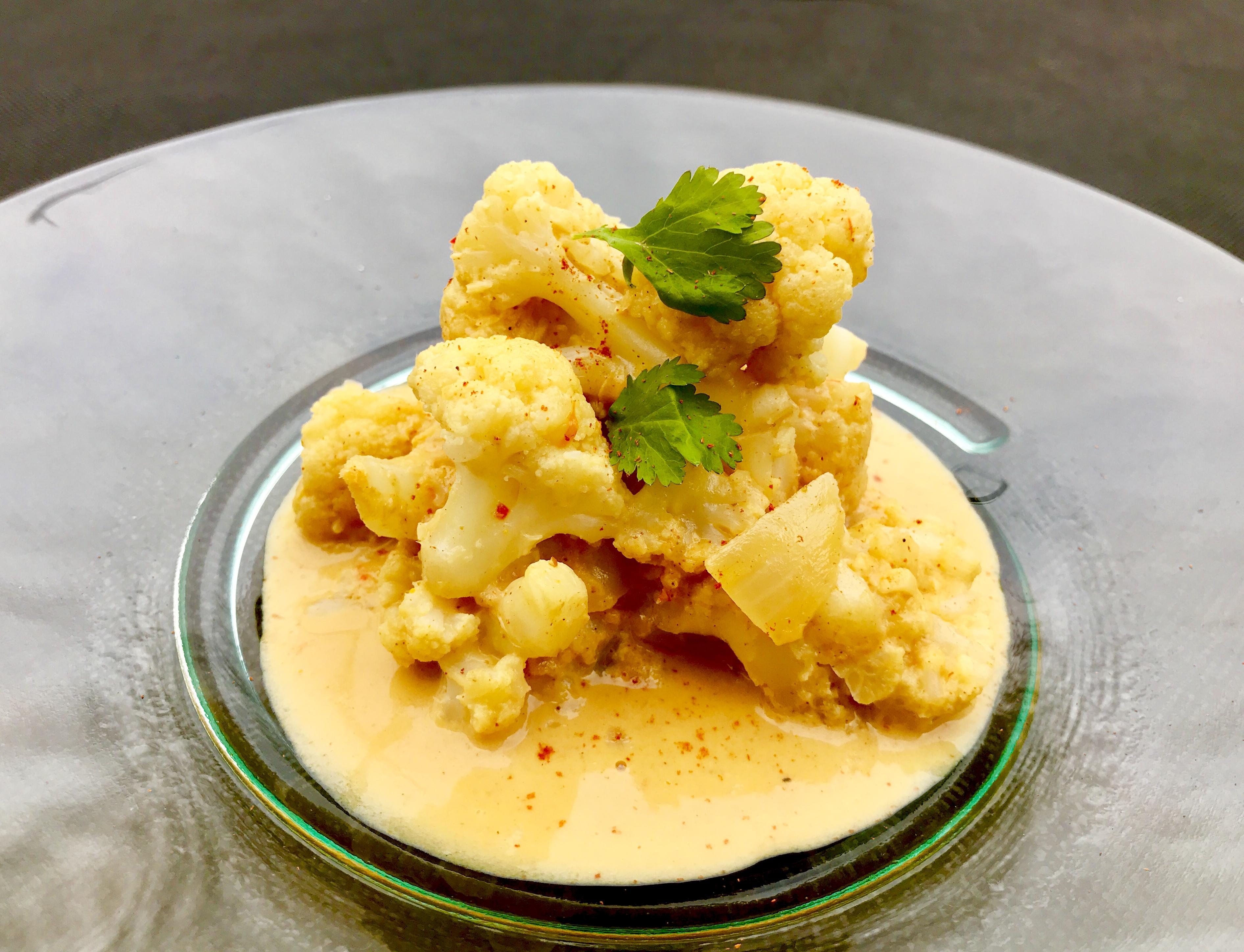 Vegan cauliflower curry delicious vegan thai food recipes vegan cauliflower curry easy thai recipes forumfinder Choice Image